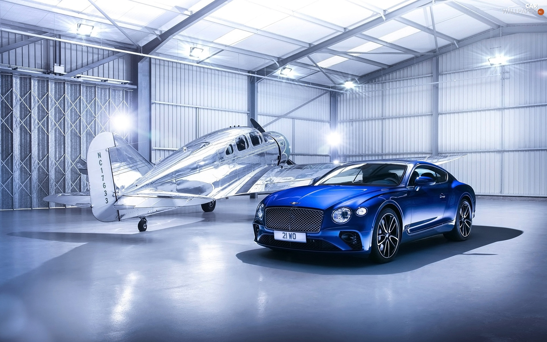 Bentley Continental GT Coup?, plane, Hangar, 2018