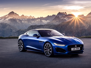 rays of the Sun, Jaguar F-Type, Mountains